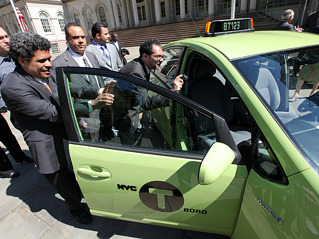 reduced co2 emissions by green cabs