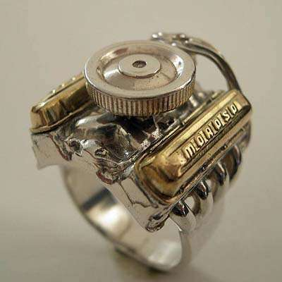 v8-engine-ring-car-gift